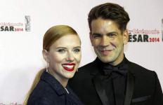 Scarlett Johansson Hamil Anak Pertama - JPNN.com