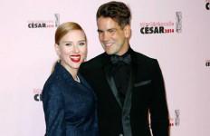 Scarlett Johansson Dikabarkan Segera Nikahi Romain Dauriac - JPNN.com