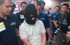 Si Serigala Penyendiri Itu Sudah Bikin 6 Bom Aktif - JPNN.com