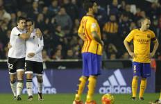 Sambut Gary Neville, Valencia Redam Barcelona 1-1 - JPNN.com