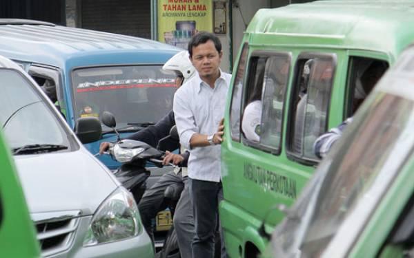 Wako Bogor Persilakan Warung Makan Buka Siang Hari - JPNN.com