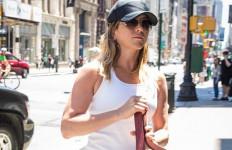 Aktris Cantik Ini Seperti Menyembunyikan Kehamilannya - JPNN.com
