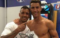 Ronaldo Tak Hanya Jago Olah Bola, Dia Juga Dermawan - JPNN.com