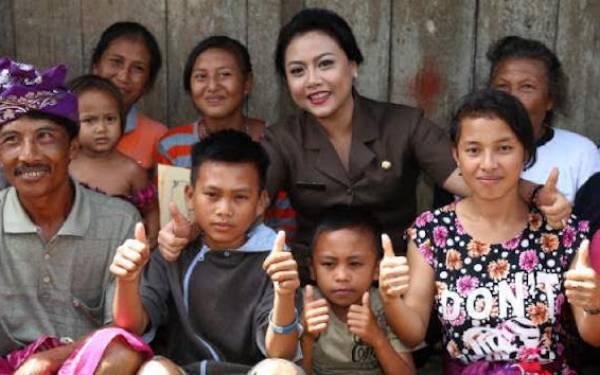 Bupati Cantik Ini Minta Anak Buahnya Sigap Bantu Warga Hadapi Bencana - JPNN.com