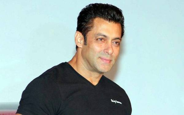Salman Khan Bakal Adu Akting dengan Model Playboy di Film Terbaru? - JPNN.com