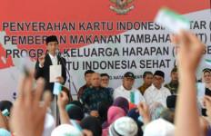 Jokowi: Pemegang KIS Berhak Dapatkan Layanan yang Baik - JPNN.com