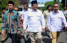 Jokowi Kalah Telak di NTB juga Pengaruh TGB Zainul Majdi - JPNN.com