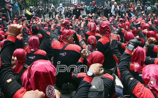 Belum Puas, Buruh Bakal Gelar Demo di Balai Kota DKI - JPNN.com