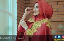 Takut Diguna-guna, Sarita Abdul Mukti Enggan Salaman dengan Vicky Prasetyo - JPNN.com