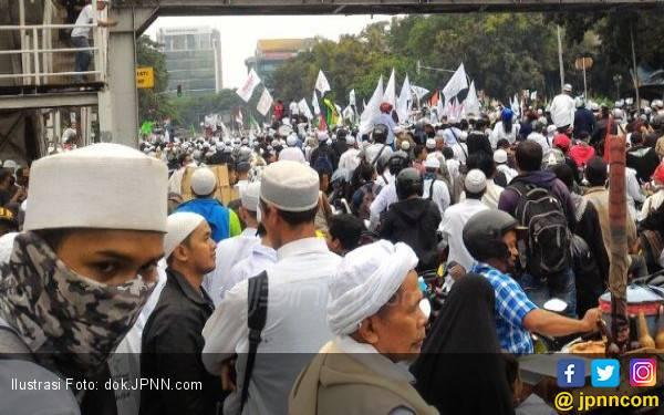 Aksi di Depan Kedubes AS Tertib, tak Ada Penutupan Jalan - JPNN.com