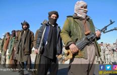 Dibantu Amerika, Tentara Afghanistan Bantai Dua Gubernur Taliban - JPNN.com