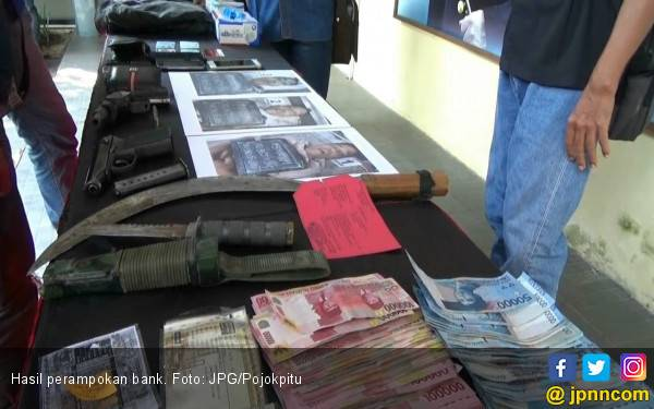 Gasak Uang Milik Nasabah di Cikarang, 2 Ditangkap 1 Masih DPO - JPNN.com