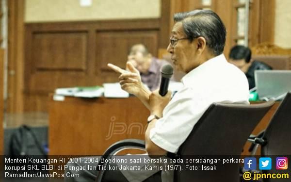 JPU KPK Cecar Boediono soal Penghapusan Utang BDNI - JPNN.com