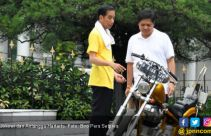 Jerry Massie Yakin Jokowi Condong ke Airlangga Hartarto - JPNN.com