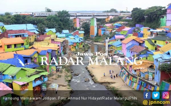 Kampung Warna-warni Malang Semakin Kinclong - JPNN.com
