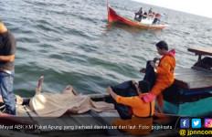 ABK KM Pukat Apung yang Jatuh ke Laut Akhirnya Ditemukan - JPNN.com