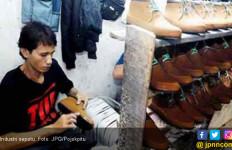 Hambatan Utama Industri Alas Kaki - JPNN.com