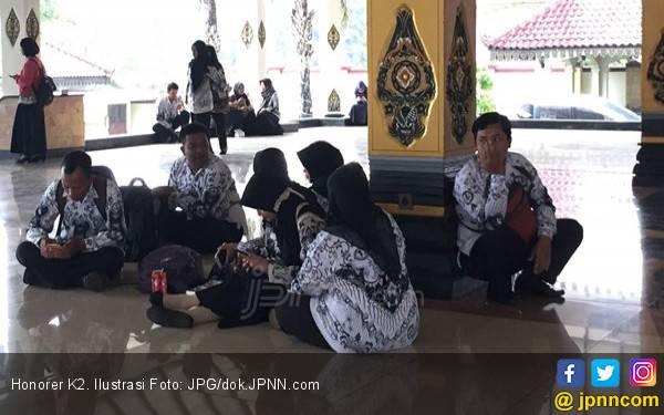 Honorer K2 Asli Laporkan yang Bodong ke Bupati, Diteruskan ke BKN - JPNN.com