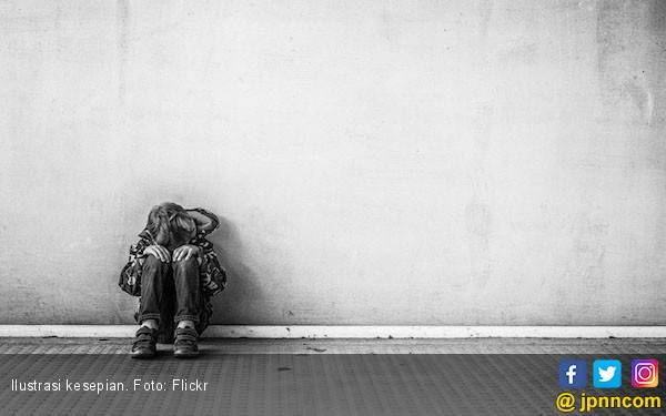 Cara Mengatasi Kesepian agar Anda Lebih Semangat - JPNN.com