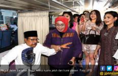 Gubraak, Wakil Gubernur Salah Duduk di Kursi Papsmear - JPNN.com