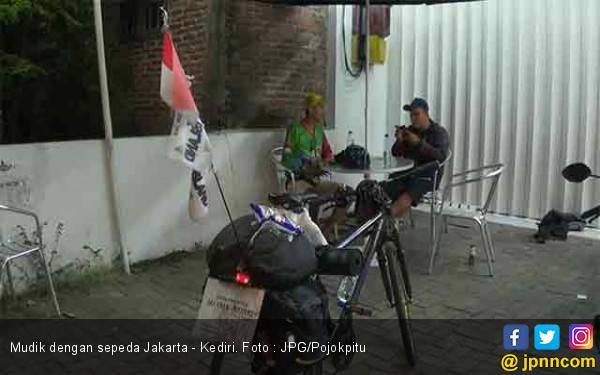 Kereeenn ! Mudik Berkendara Sepeda dari Jakarta sampai Kediri - JPNN.com