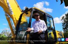 Mentan Amran: Alsintan Penting Cegah Kebakaran Lahan dan Kesejahteraan Petani - JPNN.com