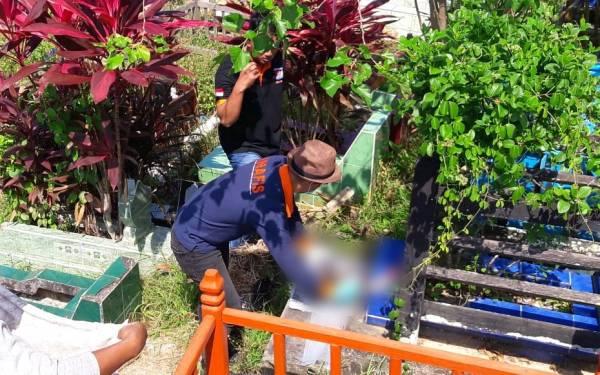 Polisi Buru Pelaku Pembuangan Jasad Bayi di Tempat Pemakaman Umum - JPNN.com