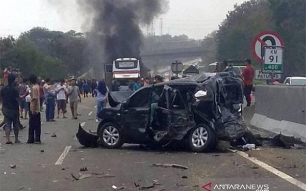 Keterangan Penting dari Jasa Marga Terkait Kecelakaan Maut di Cipularang - JPNN.com