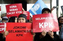Menurut Herlambang, Materi Revisi UU KPK jadi Menu Pesta Para Koruptor - JPNN.com
