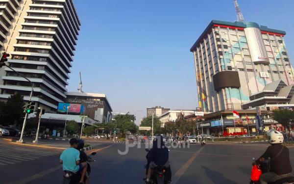 Polda Metro Jaya Sebar 750 Personel Awasi Perluasan Sistem Ganjil Genap - JPNN.com