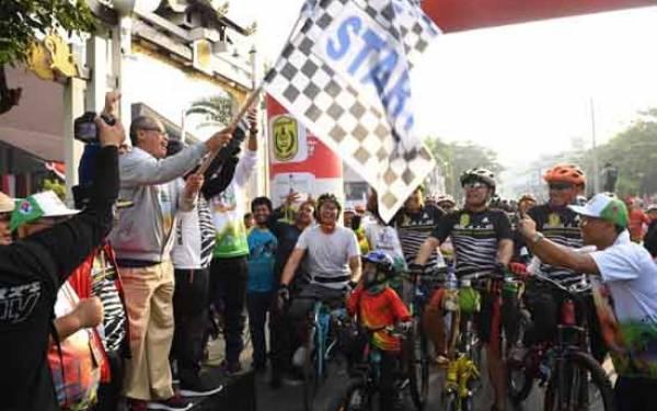 Gowes Sepeda Nusantara Ramaikan Peringatan Haornas di Banjarmasin - JPNN.com