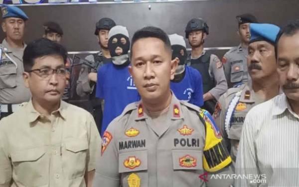 Dua Pelaku Penusukan terhadap Santri Berani Melawan Polisi - JPNN.com