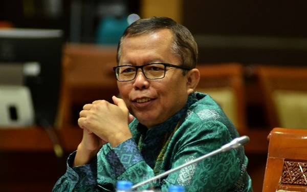 Sikap Pimpinan KPK tak Jelas, Mestinya Langsung Mundur Saja - JPNN.com