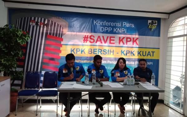 KNPI Mendukung KPK yang Kuat dan Bersih - JPNN.com