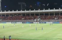 Indonesia vs Filipina: Suporter Membeludak di Stadion Madya, Semoga Aman Terkendali - JPNN.com