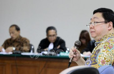Kasus Century Bergulir Lagi, KPK Cekal Robert Tantular - JPNN.com