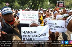 Putus Asa, Makin Banyak Honorer K2 Tak Berharap Jadi Abdi Negara - JPNN.com