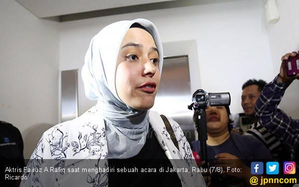 Dirawat di Rumah Sakit, Begini Kondisi Fairuz A Rafiq - JPNN.com