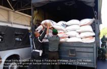 Kodam XIV/Hasanuddin Kirim Beras ke Papua - JPNN.com