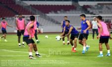 Latihan Timnas Malaysia - JPNN.com