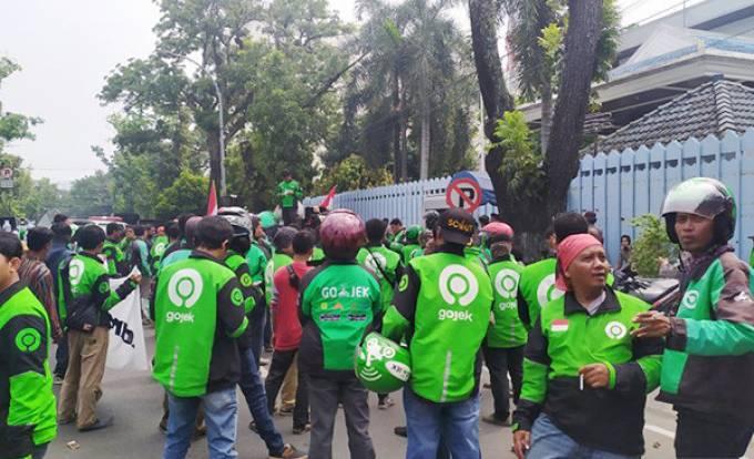 Ratusan Ojol di Medan Gelar Aksi Solidaritas