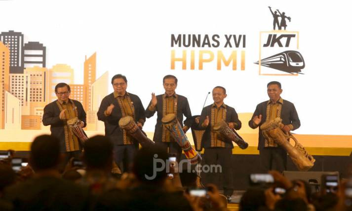 Presiden Joko Widodo Membuka Musyawarah Nasional XVI HIPMI - JPNN.com