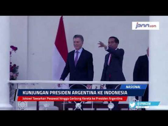 Jokowi Tawarkan Pesawat hingga Gerbong Kereta ke Presiden Argentina - JPNN.com
