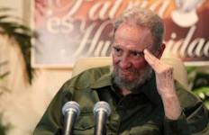 Castro Tampil di Publik demi Revolusi - JPNN.com