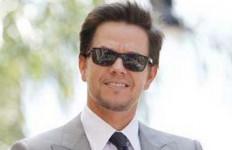 Mark Wahlberg Diabadikan di Walk of Fame - JPNN.com