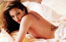 Terlalu Sibuk, Jolie Lupakan Anak Adopsi - JPNN.com