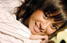 Ayushita Doa Bareng Keluarga - JPNN.com