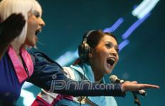 Sukses Debut Maia Nge-DJ - JPNN.com