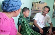 Usai Ziarah ke Makam Oppung, Disunat Mahluk Gaib - JPNN.com