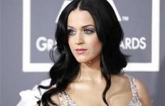 Katy Perry Ditinggal Suami - JPNN.com